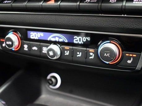 Audi S3 *PANROOF*VIRTUAL COCKPIT* 2.0 S3 TFSI QUATTRO BLACK EDITION 3d 306 BHP *PAN 15