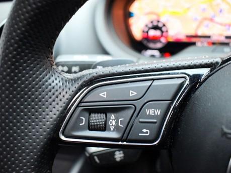Audi S3 *PANROOF*VIRTUAL COCKPIT* 2.0 S3 TFSI QUATTRO BLACK EDITION 3d 306 BHP *PAN 17