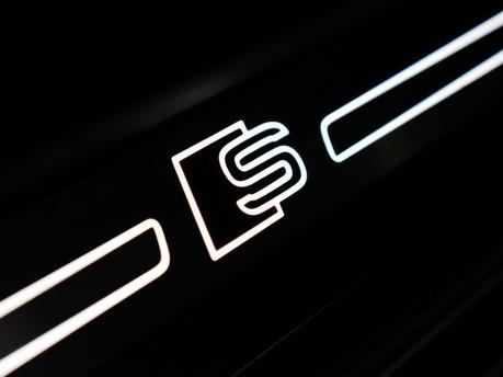Audi S3 *PANROOF*VIRTUAL COCKPIT* 2.0 S3 TFSI QUATTRO BLACK EDITION 3d 306 BHP *PAN 23