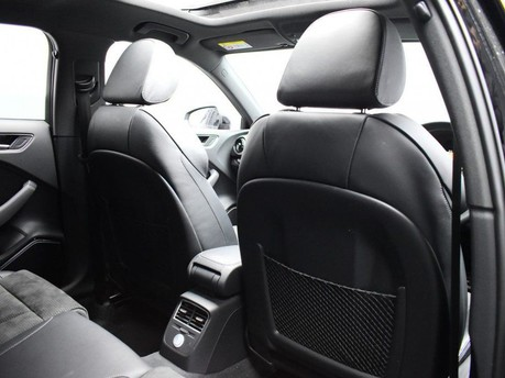 Audi S3 *PANROOF*VIRTUAL COCKPIT* 2.0 S3 TFSI QUATTRO BLACK EDITION 3d 306 BHP *PAN 30