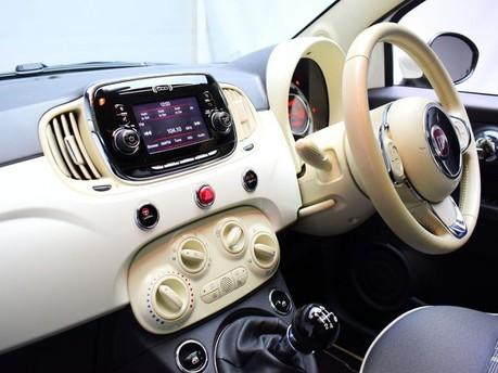 Fiat 500 *SUNROOF* 1.2 LOUNGE 3d 69 BHP Bluetooth - U Connect - AUX 12