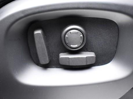 Land Rover Range Rover *PANORAMIC ROOF* 3.0 TDV6 VOGUE 5d 255 BHP Satnav - Keyless Go - Lane Assis 23
