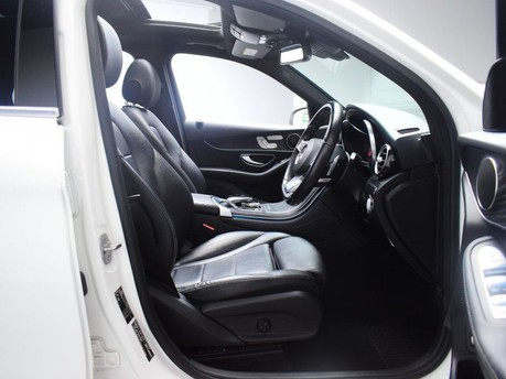 Mercedes-Benz GLC 2.1 GLC 220 D 4MATIC AMG LINE PREMIUM 5d 168 BHP **PANORAMIC ROOF** ****PAN 11