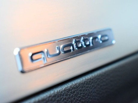 Audi SQ5 3.0 SQ5 PLUS SPECIAL EDITION TDI QUATTRO 5d 335 BHP PANORAMIC SUNROOF - BAN 25