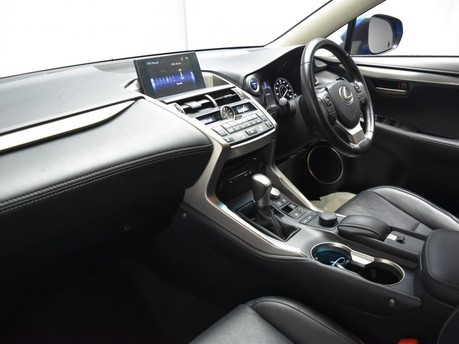 Lexus NX 2.5 300H LUXURY 5d 195 BHP 55+ Miles per gallon 13