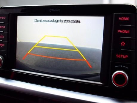Kia Picanto 1.2 GT-LINE 5d 83 BHP DAB Radio - Bluetooth - AUX 3