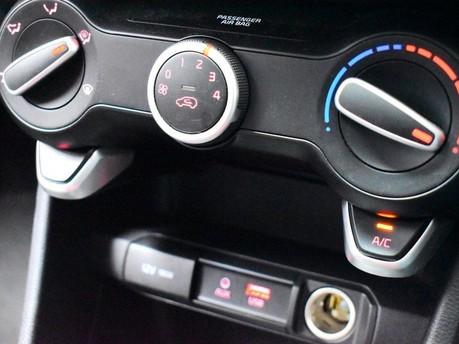 Kia Picanto 1.2 GT-LINE 5d 83 BHP DAB Radio - Bluetooth - AUX 15