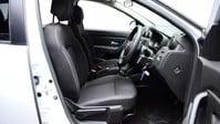 Dacia Duster 1.6 COMFORT SCE 5d 115 BHP Satnav - DAB Radio - Bluetooth 8