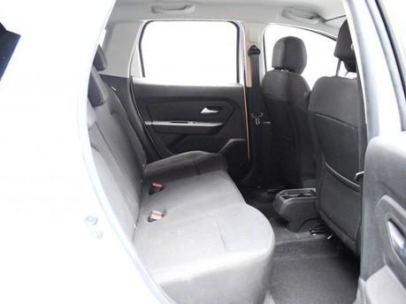 Dacia Duster 1.6 COMFORT SCE 5d 115 BHP Satnav - DAB Radio - Bluetooth 9