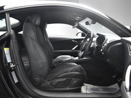 Audi TT 2.0 TDI ULTRA S LINE 2d 182 BHP *** DAB - BLUETOOTH - USB *** 7