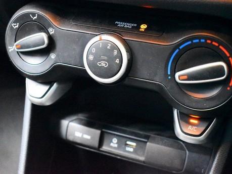 Kia Picanto 1.0 2 5d 66 BHP Bluetooth - AUX - USB - Air Con 13