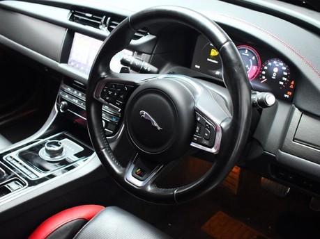 Jaguar XF RED & BLACK LEATHER 3.0 V6 S 4d 296 BHP ***SAT NAV-DAB-USB*** 2