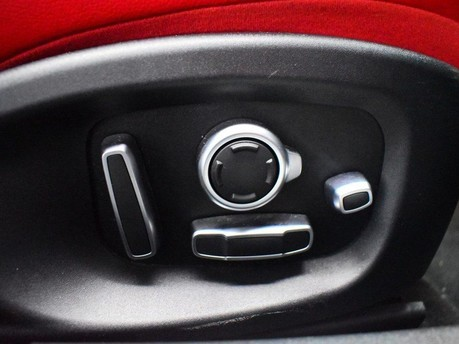 Jaguar XF RED & BLACK LEATHER 3.0 V6 S 4d 296 BHP ***SAT NAV-DAB-USB*** 19