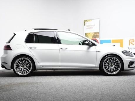 Volkswagen Golf 2.0 R TSI DSG 5d 306 BHP ** PANORAMIC SUNROOF ** ***PANORAMIC ROOF- DIGITAL 6