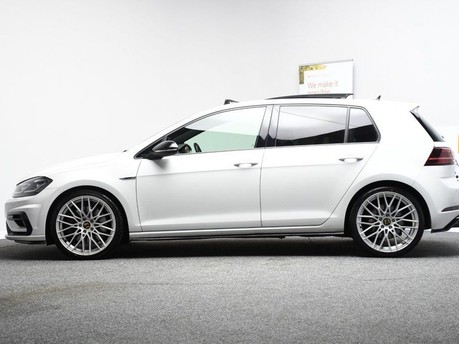 Volkswagen Golf 2.0 R TSI DSG 5d 306 BHP ** PANORAMIC SUNROOF ** ***PANORAMIC ROOF- DIGITAL 8