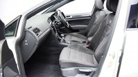 Volkswagen Golf 2.0 R TSI DSG 5d 306 BHP ** PANORAMIC SUNROOF ** ***PANORAMIC ROOF- DIGITAL 14