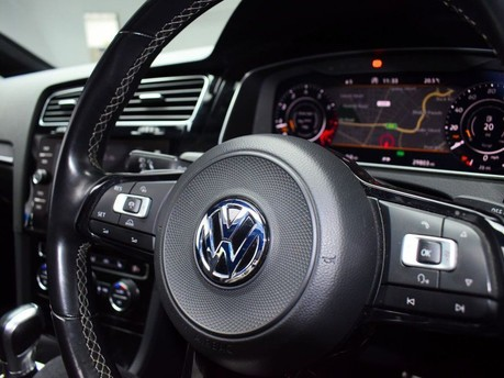 Volkswagen Golf 2.0 R TSI DSG 5d 306 BHP ** PANORAMIC SUNROOF ** ***PANORAMIC ROOF- DIGITAL 25