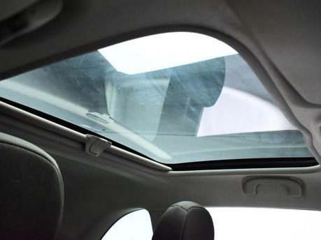 Vauxhall Adam *PANORAMIC ROOF*1.4 GLAM 3d 85 BHP ***PANORAMIC ROOF *** 3