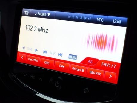 Vauxhall Adam *PANORAMIC ROOF*1.4 GLAM 3d 85 BHP ***PANORAMIC ROOF *** 14