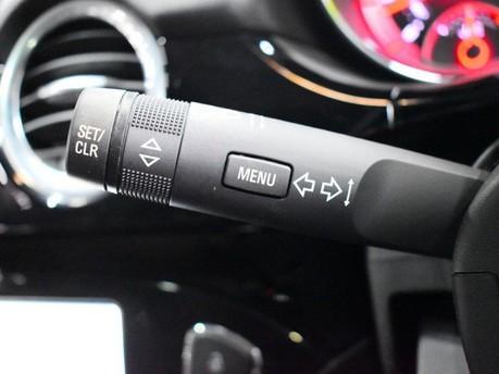 Vauxhall Adam *PANORAMIC ROOF*1.4 GLAM 3d 85 BHP ***PANORAMIC ROOF *** 18