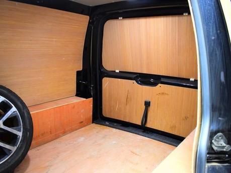 Volkswagen Caddy 2.0 C20 TDI HIGHLINE 101 BHP Touchscreen Multimedia - DAB Radio 9