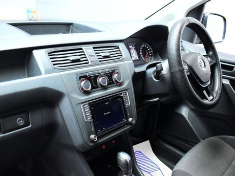 Volkswagen Caddy 2.0 C20 TDI HIGHLINE 101 BHP Touchscreen Multimedia - DAB Radio 13