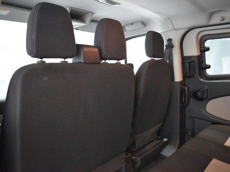 Ford Transit Custom 2.0 310 LIMITED LR P/V 129 BHP DAB Radio - Bluetooth - AUX - USB 20