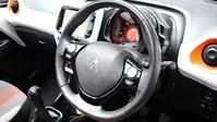Peugeot 108 1.2 PURETECH ROLAND GARROS TOP 5d 82 BHP Bluetooth - Air Conditioning 2