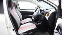 Peugeot 108 1.2 PURETECH ROLAND GARROS TOP 5d 82 BHP Bluetooth - Air Conditioning 8