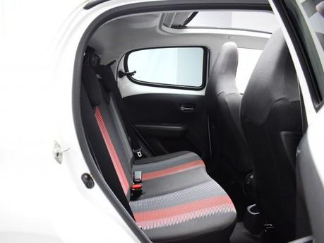 Peugeot 108 1.2 PURETECH ROLAND GARROS TOP 5d 82 BHP Bluetooth - Air Conditioning 9