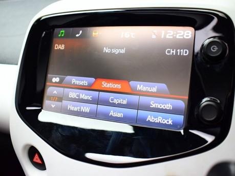 Peugeot 108 1.2 PURETECH ROLAND GARROS TOP 5d 82 BHP Bluetooth - Air Conditioning 15