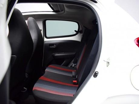 Peugeot 108 1.2 PURETECH ROLAND GARROS TOP 5d 82 BHP Bluetooth - Air Conditioning 21
