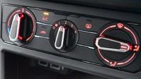 Volkswagen Polo 1.0 R-LINE TSI DSG 5d 114 BHP App-connect - Bluetooth - DAB Radio 14