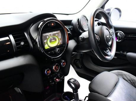 Mini Hatch 2.0 COOPER S 5d 189 BHP Radio Mini Visual Boost 13