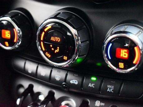 Mini Hatch 2.0 COOPER S 5d 189 BHP Radio Mini Visual Boost 16