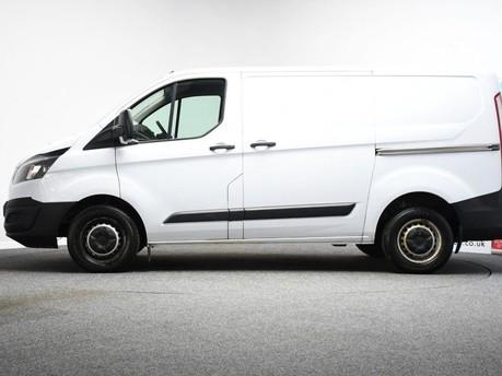 Ford Transit Custom 2.2 270 LR P/V 99 BHP Rear Bulkhead - Ply Lined 6