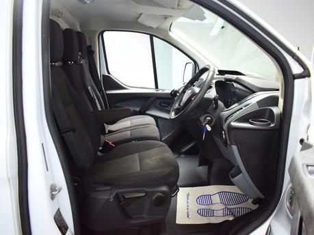 Ford Transit Custom 2.2 270 LR P/V 99 BHP Rear Bulkhead - Ply Lined 9