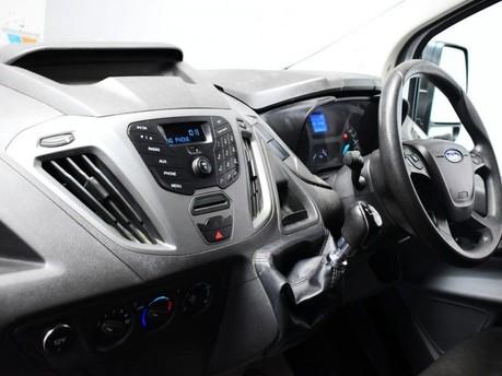 Ford Transit Custom 2.2 270 LR P/V 99 BHP Rear Bulkhead - Ply Lined 11
