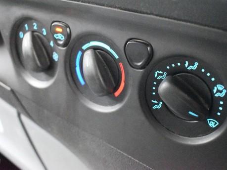 Ford Transit Custom 2.2 270 LR P/V 99 BHP Rear Bulkhead - Ply Lined 14