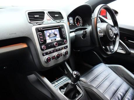 Volkswagen Scirocco 2.0 TDi BlueMotion Tech R-Line 3dr Satnav - Bluetooth - Air Con 12