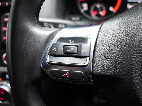 Volkswagen Scirocco 2.0 TDi BlueMotion Tech R-Line 3dr Satnav - Bluetooth - Air Con 16