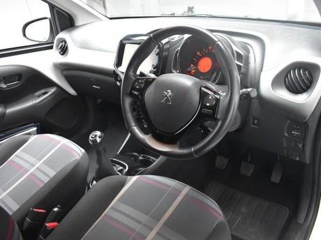 Peugeot 108 1.2 ALLURE 5d 82 BHP 5