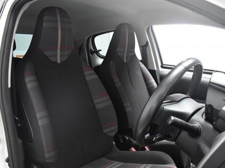 Peugeot 108 1.2 ALLURE 5d 82 BHP 7