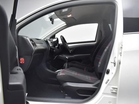 Peugeot 108 1.2 ALLURE 5d 82 BHP 13