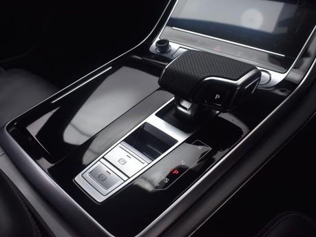 Audi Q8 3.0 TDI QUATTRO S LINE 5d 282 BHP 22