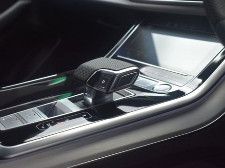 Audi Q8 3.0 TDI QUATTRO S LINE 5d 282 BHP 35