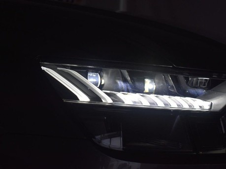 Audi Q8 3.0 TDI QUATTRO S LINE 5d 282 BHP 50