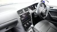 Volkswagen Golf 2.0 SE NAVIGATION TDI BLUEMOTION TECHNOLOGY DSG 5d 148 BHP ***SAT NAV-DAB-B 12