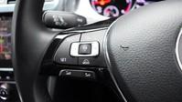 Volkswagen Golf 2.0 SE NAVIGATION TDI BLUEMOTION TECHNOLOGY DSG 5d 148 BHP ***SAT NAV-DAB-B 15