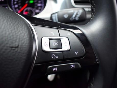 Volkswagen Golf 2.0 SE NAVIGATION TDI BLUEMOTION TECHNOLOGY DSG 5d 148 BHP ***SAT NAV-DAB-B 16